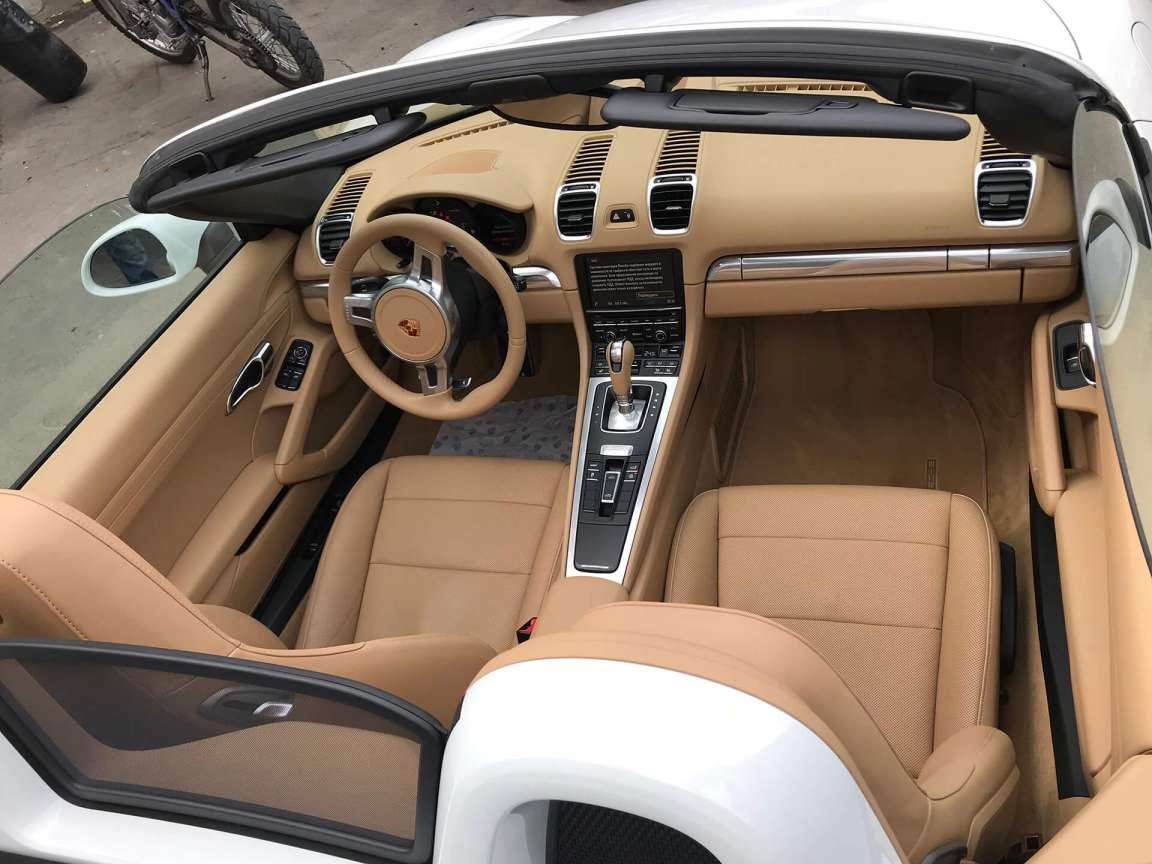 Porsche Boxster детейлинг салона и кузова
