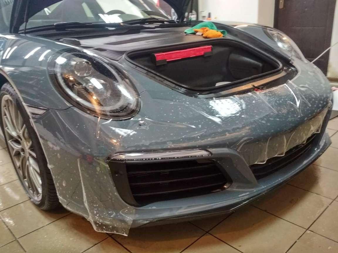 Porsche Carrera оклейка в антигравийную пленку