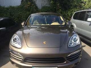 Porsche Cayenne Оклейка антигравиной пленкой