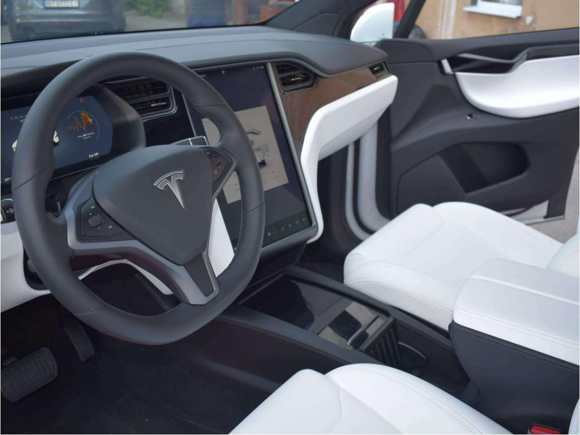 Tesla Model X комплекс детейлинг услуг